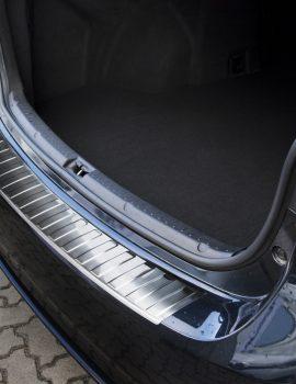 2-35279 toyota avensis sedan (6)